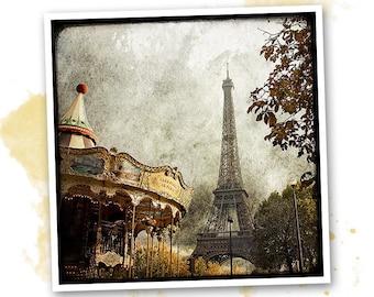 Photo art - Paris - carousel and Eiffel Tower signed 20 x 20 cm