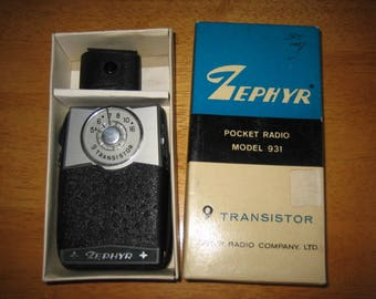 Vintage Zephyr 9 Transistor Pocket Radio Model 931 wBox     1960's      Hong Kong