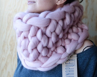 20% SALE, OVERSIZE knit cowl, Super chunky scarf, oversized scarf, thick yarn scarf, chunky yarn scarf