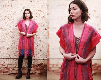 Vintage 1970s Mexican open shawl / fringed poncho - hot pink striped pattern