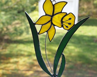 Stained Glass Yellow Daffodil Suncatcher