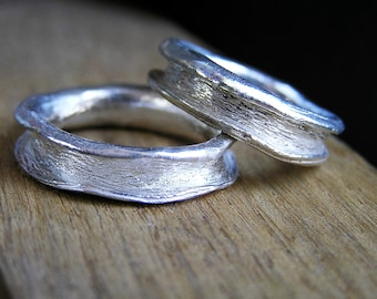 Rustic Matching Wavy Wedding Bands in Sterling Silver - Nature inspired Textured Wavy Ring