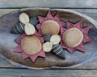 Primitive Bee and Flower Bowl Fillers ~ Tucks ~ Ornies