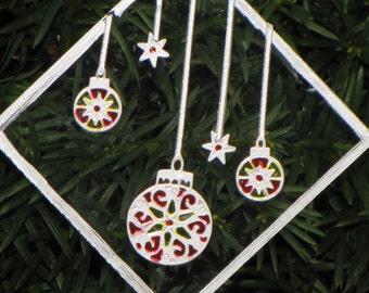 Hanging Bulbs Ornament/Suncatcher