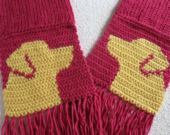Yellow Labrador Retriever Scarf. Dark pink, crochet and knit scarf with yellow lab dogs. Labrador dog gift. Pink knitted dog scarf