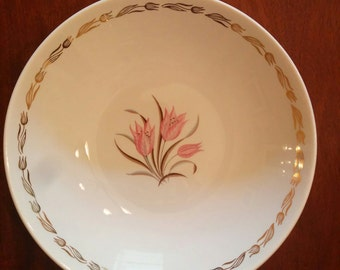 Royal China Enchantment Pink Tulip 9 inch serving bowl