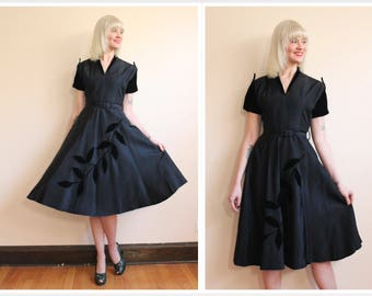 1950s Dress // Cascading Vines Taffeta Dress // vintage 50s dress