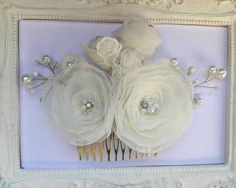 Wedding hair clip bridal flower, ivory wedding Dada hairstyle