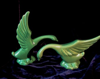Deco Swan Figurines Green 1940s Vintage