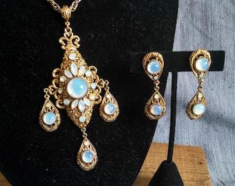 Stunning vintage Regency ornate opal moonstone glass gold necklace earring set