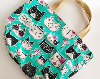 Tote Bag with lovely cats pattern