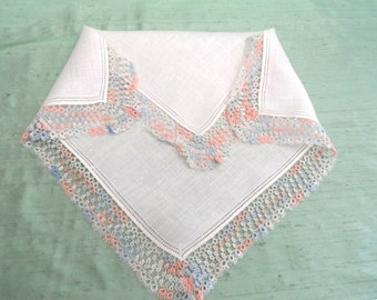 Pink and blue tatted edge handkerchief / vintage linen hankie