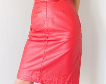 Awesome Vintage 80s Genuine Red Leather High Waisted Knee Length Pencil Skirt Size Small S Waist 25 inches!