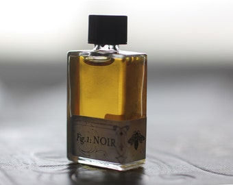 Figure 1: Noir Natural Perfume  Intimate and universal as human skin with an unsettling wild animalic shadow and notes of a dark merlot wine
