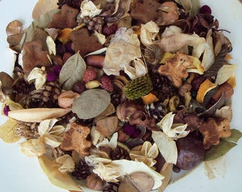 Teddy Bear Hugs Country Potpourri, Brown Bear, Rustic, Country Cabin Decor, Teddy Bear Potpourri, Room Scent, Refresher Oil Included