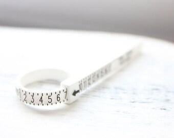 Baguier en plastique, multisizer, finder de taille de bague, tour de bague, outil de mesure du doigt, le calibrage du doigt, bague de dimensionnement