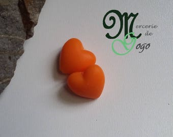 """Heart"" 2 * 1.9 cm orange bead shaped silicone."
