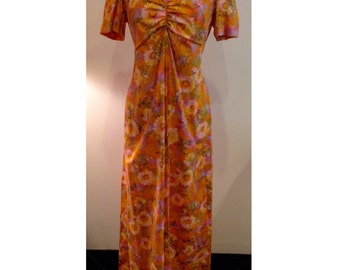 Mustard maxi dress with daisy print | Size Large | Vintage mustard colored daisy dress