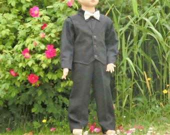 Ring bearer black suit. Black boys wedding suit. Ring bearer linen suit. Toddler wedding suit. Ring bearer outfit. Boys special occasion.