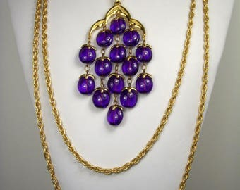 Trifari Signed Vintage Necklace