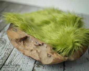 Olive Green Faux Fur Photography Prop Newborn Baby Photo Props for Newborn Photograpfy Baby Picture Props Soft Blanket Rug Nest Photo Prop