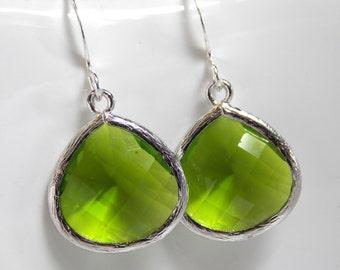 Glass Green Earrings, Peridot Earrings, Apple Green, Silver, Wedding Jewelry, Bridesmaid Earrings, Bridal Jewelry, Bridesmaid Gifts