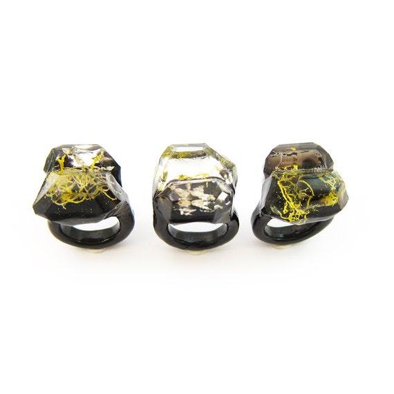 Moss Resin Ring • Nature Inspired Rings • Terrarium Ring • Terrarium Moss Jewelry • Botanical Ring •  • Size 7