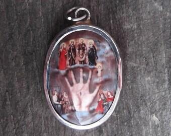 Vitreous Enamel Mano Poderosa (Powerful Hand of God) Pendant