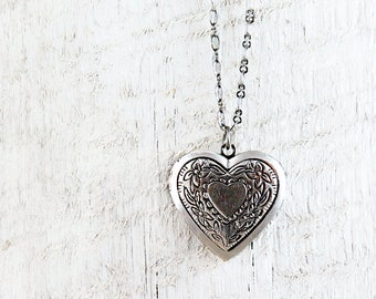 Floral Heart Locket Necklace, Silver Heart Necklace, Personalized Locket, Photo Locket, Bridesmaid Gifts, Wedding Day Jewelry