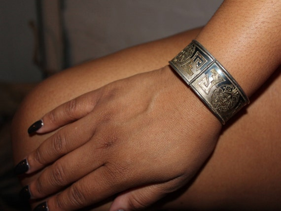 Vintage Sterling Silver Bracelet Mexico Heavy 42.2 grams Sterling Mexico Signed Stamped old Bracelet Vintage Silver Hinged Bracelet Sterling