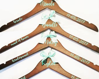 Personalized Bridesmaid Dress Hanger | Custom Hangers | Bride | Maid of Honor | Bridesmaid | Flower Girl | Wedding Party Hanger