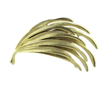 Vintage Palm frond Foliage Plume Motif  Riveted Gold Tone Pin Brooch