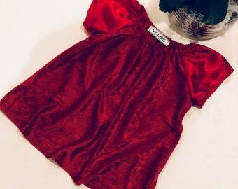 Baby dress in velvet and satin