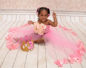 Very beautiful long tutu and flower top for any occasion.