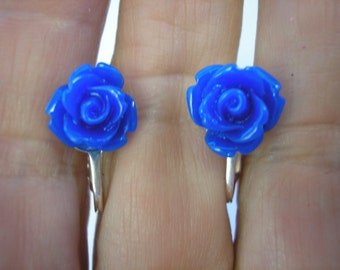 Play Earring - Clip or Pierced - Rosebud - Dark Blue - 3/8""