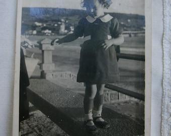 Vintage little girl photography. Piriápolis vintage photo. Vintage Maldonado photo.Uruguay.Collectible.Rare.Post card photo. vtg paper.