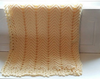 Victorian Ripple Afghan Cream/Pale Yellow Color with Pretty Lace Border - Ready to Ship