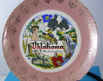 Go Sooners! 1950's Retro Vibe Pink Souvenir Oklahoma Hand Painted Plate. Vibrant colors. Gold Details. Oklahoma State Sites.