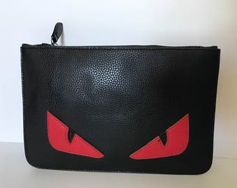 The Monster eyes Clutch