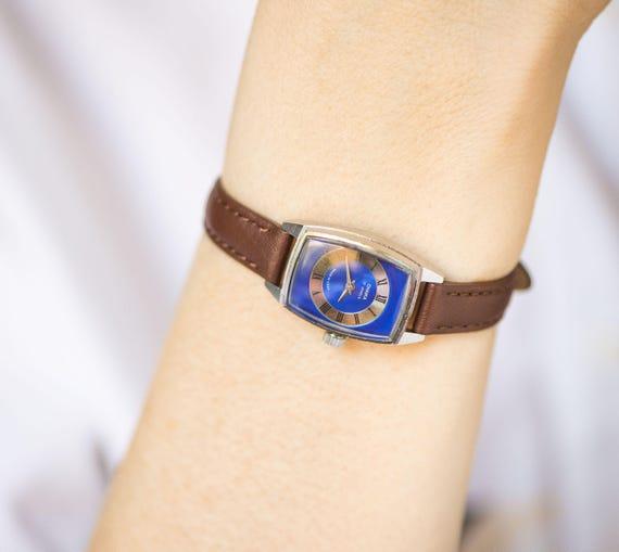 Vintage Marine silberne Frauen Uhr Seagull 80er Jahre Mode sowjetischen  Dame Uhr Sommer rechteckigen seltenes Design Uhr kleine neue Leder Armband