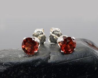 Red garnet earring, round earrings garnet, sterling silver stud earrings 5 mm