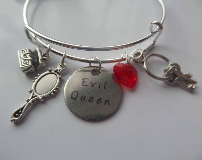 evil queen bangle, once upon a time, ouat bracelet, ouat charm bracelet, expandable bangle, regina fan gift, once jewelery, evil queen gift