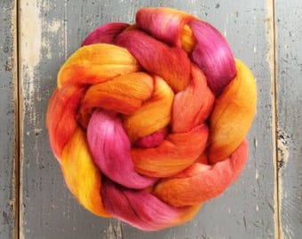 Merino Hand Dyed Roving (Combed Top) Hand Painted 4 oz - Plumeria