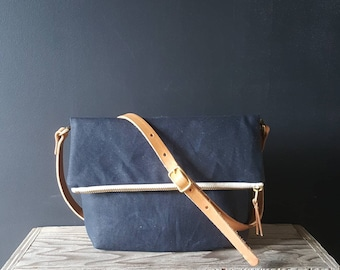 Small Waxed Canvas Foldover - Navy