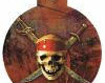 Dog brand Pirate with engraving one sided on the back circle large