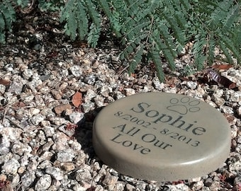 "Custom Engraved Pet Memorial7.5"" Diameter All Our Love"