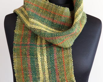 Green Hand Woven Wool Scarf