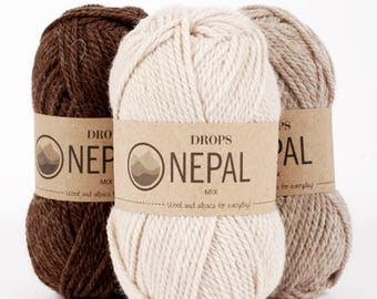 DROPS Nepal is a lovely, chunky and luxurious yarn spun in 35% superfine alpaca and 65 Peruvian Highland wool Chunky wool Drops Retailer