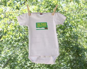 North Dakota The Peace Garden State Infant Bodysuit // graphic colors are customizable - TW