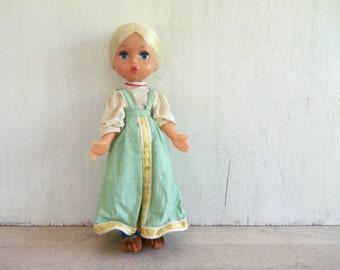 Vintage Country Doll // Collectible Doll // Blonde Doll